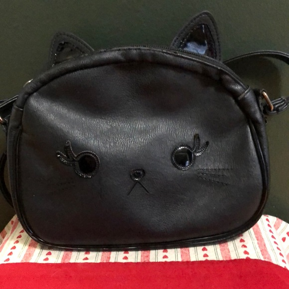 Loungefly Handbags - Loungefly Black Cat Faux Leather Crossbody Purse